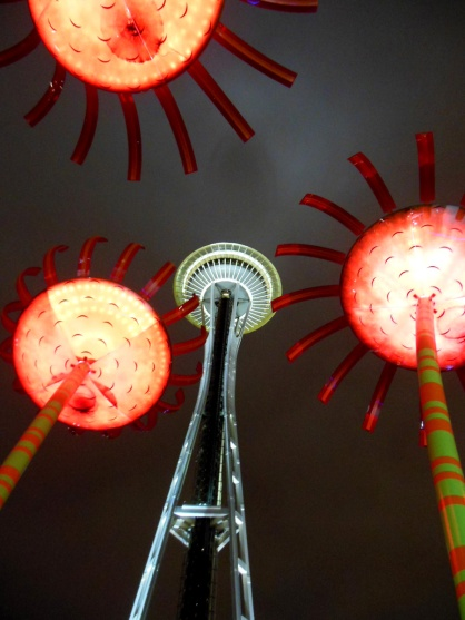 And Seattle... hello!! Who doesn't appreciate solar-powered singing flower statues and the Space Needle?